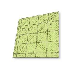 Régua para Patchwork - Quadrado 22 x 22 cm com Escala - 26421
